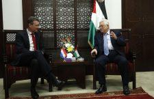 Nederlandse minister van Buitenlandse Zaken Halbe Zijlstra en PA-president Mahmoud Abbas. Bron: Ministerie van Buitenlandse Zaken / Flickr.