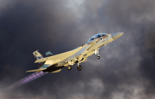 Geweerschoten richting IAF-vliegtuig zet raketalarm in werking