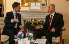 Regering sprak Palestijnse Autoriteit 20 keer tevergeefs aan op terroristenbetalingen