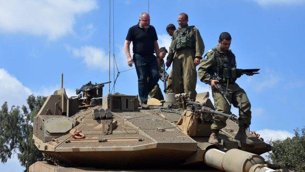 Lieberman: EU steunt Iraanse terreur op Europese bodem