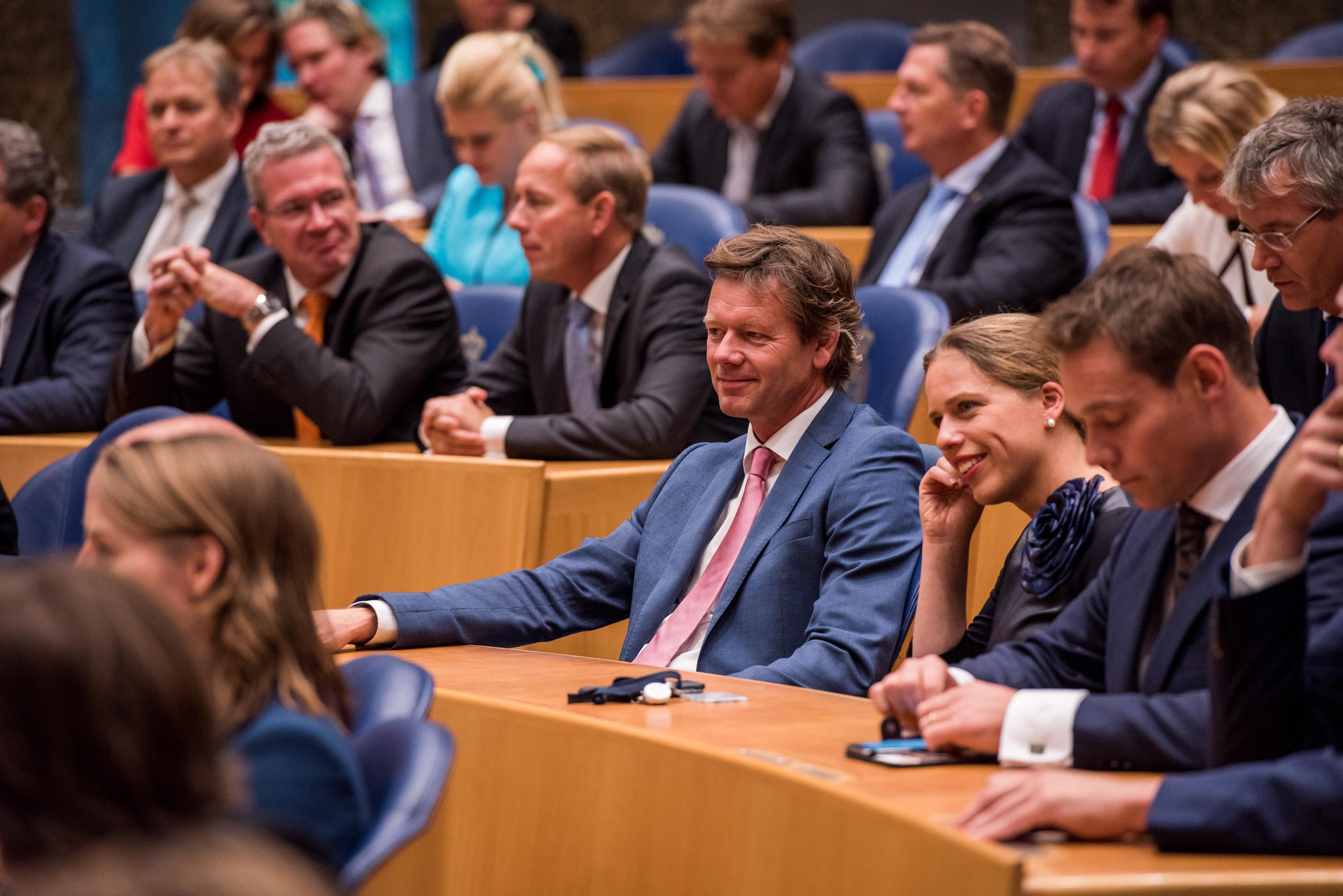 CU-Kamerlid Joël Voordewind temidden van zijn collega's