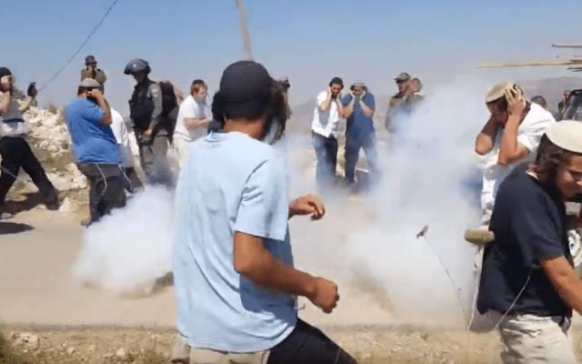 Radicale kolonisten in confrontatie met Israelische soldaten bij Yitzhar